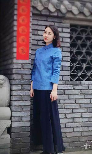 凤凰山下手机客户端第十五期封面女神:庞晓