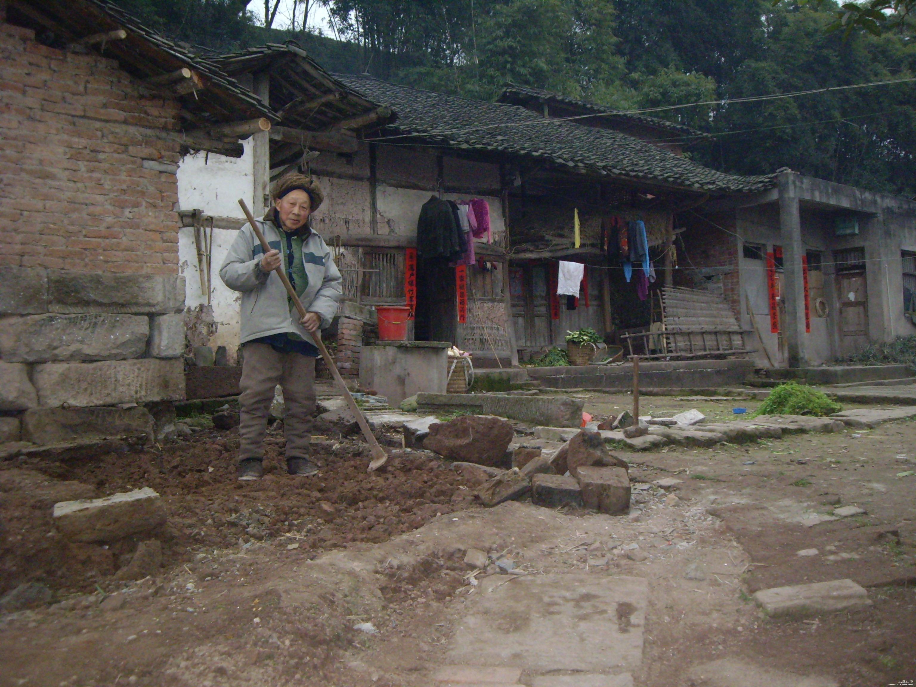 家乡的老房子与老人 004.jpg