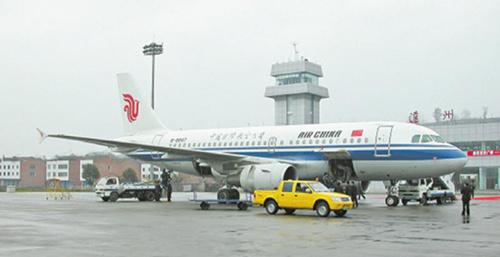 达州机场目前已开通北京,上海,广州,深圳,昆明,泉州,成都,三亚,拉萨