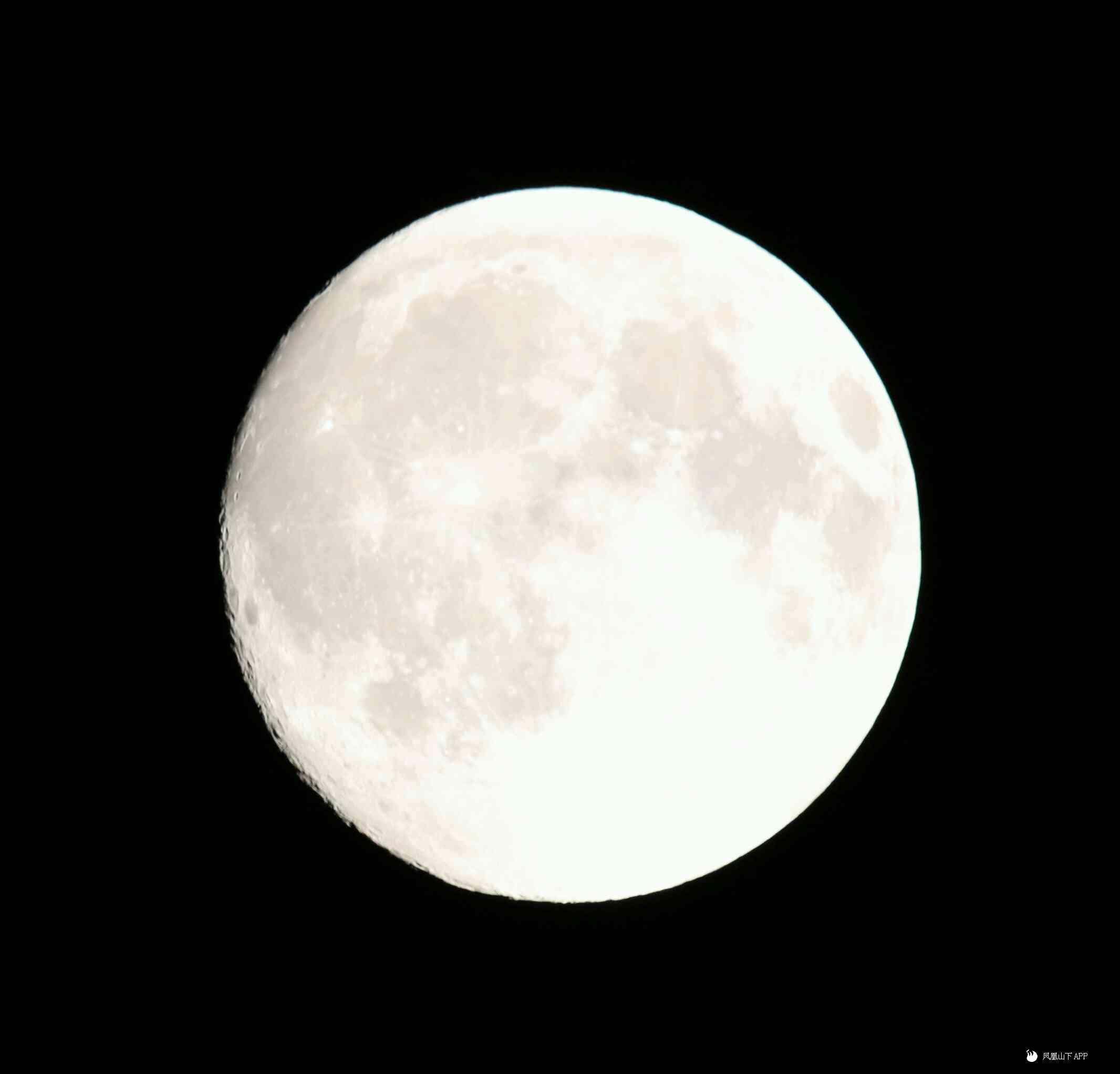 中秋明月图片