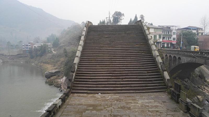 请别大煞高拱桥的风景 - 今日达州 - 凤凰山下 - www.
