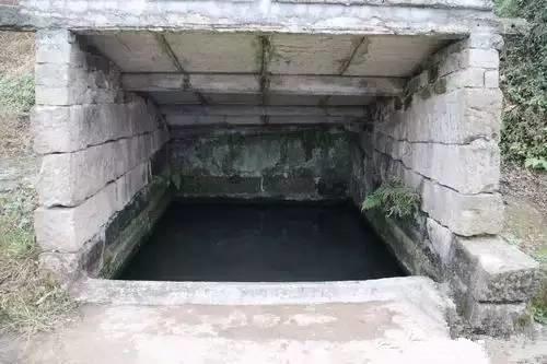 以前的凉水井