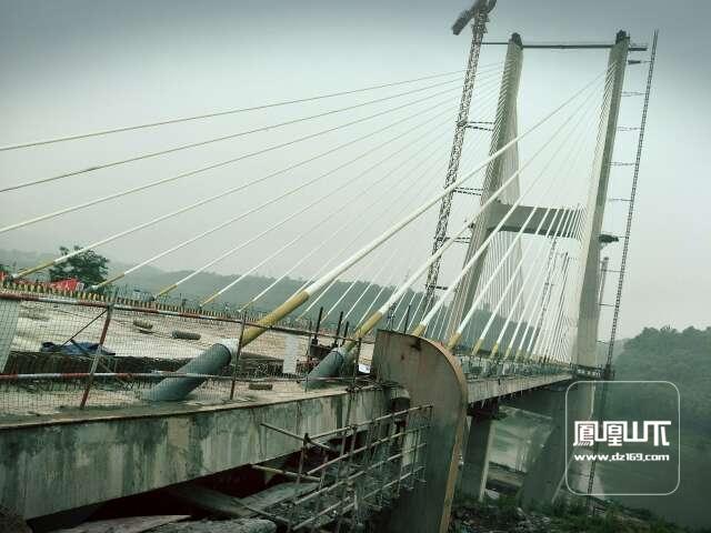 """在金南大桥邂逅了一位姓""""南""""的公子"""