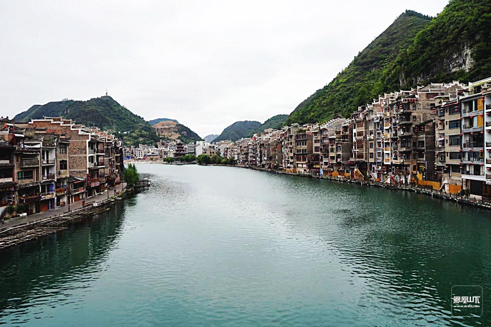 壁纸 风景 古镇 建筑 旅游 山水 摄影 桌面 1620_1080