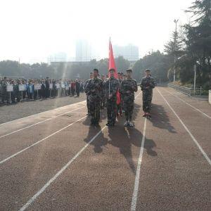通川区罗江八一希望学校 赴成都三十六中学习少年军校建设