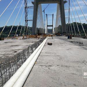 走在金南大桥上 先睹桥面像啥样