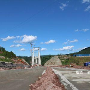 金南大道西外段引道工程进展顺利