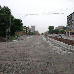 南城一号干道堰坝段右幅将很快通车