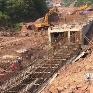 凤凰山隧道西延线一期工程路基贯通