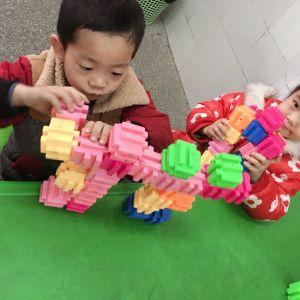 动手动脑 玩具DIY趣味多多——通川区罗江八一希望学校幼儿园开展师生自制玩具活动