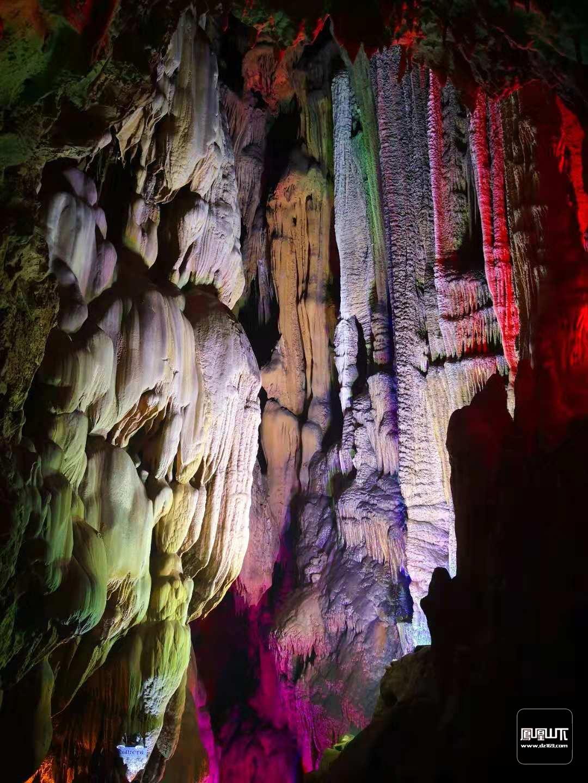 巴山大峡谷4.jpg
