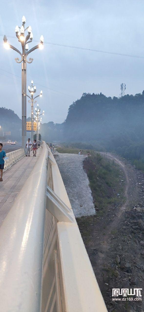金南大桥进入仙境传说,是应该发个大雾预警?