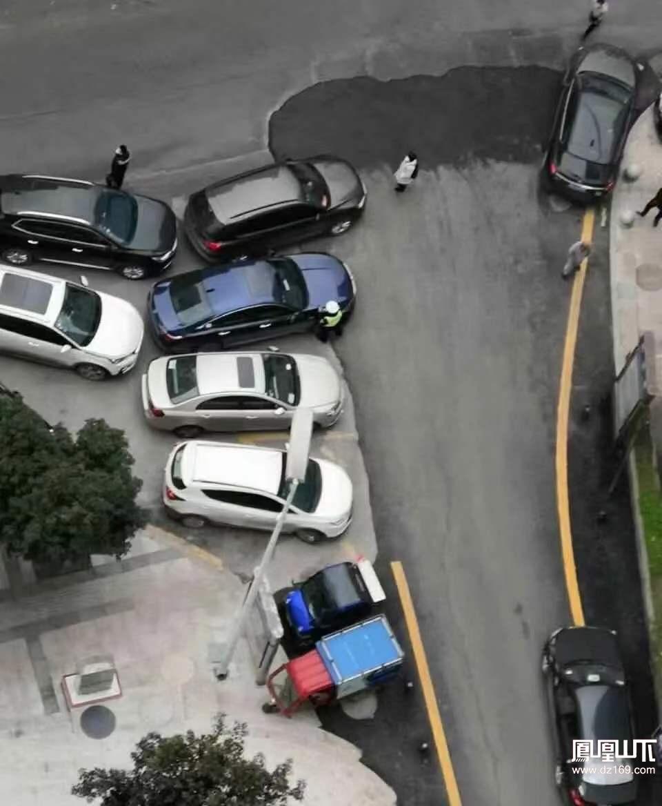 达州公安交警提示:疫情期间,切勿这样停车!