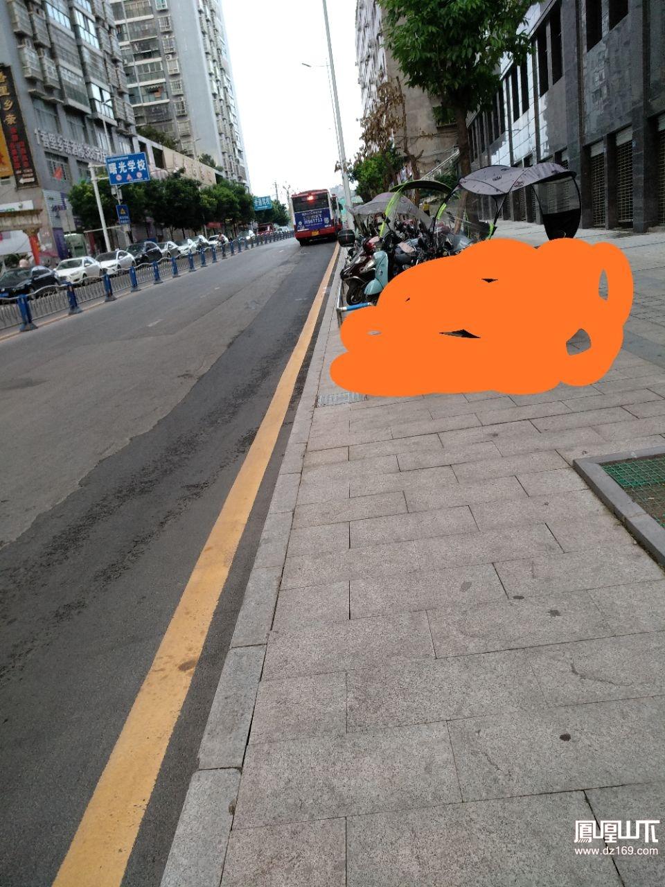请多规划点摩托车停车的地方
