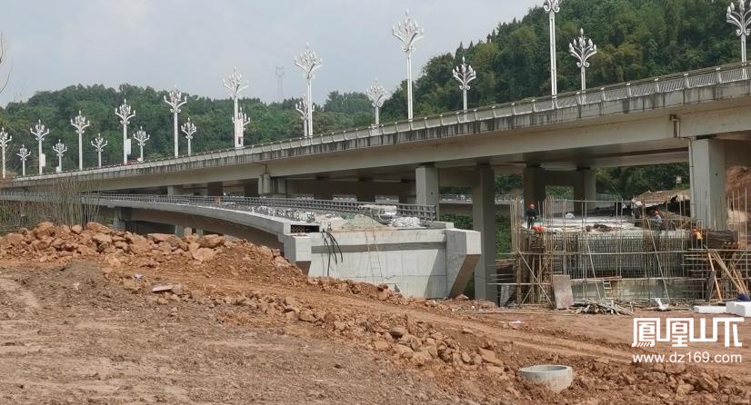 州河大桥2.png