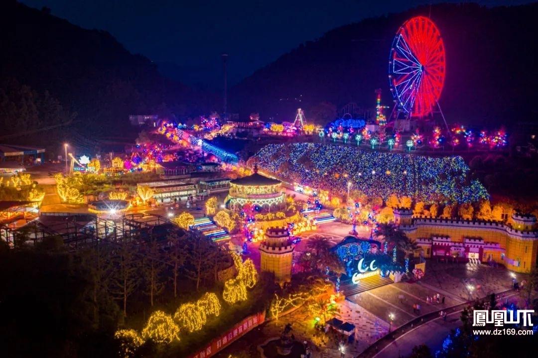通票全城免费送,月湖梦幻灯光节门票+畅玩26项游乐设施,一票通玩!
