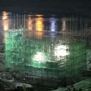 野茅溪大桥加班施工 建设者辛苦了