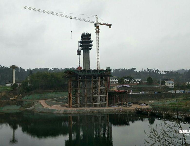 罗江柳家坝大桥主墩塔已长高到60米啦!