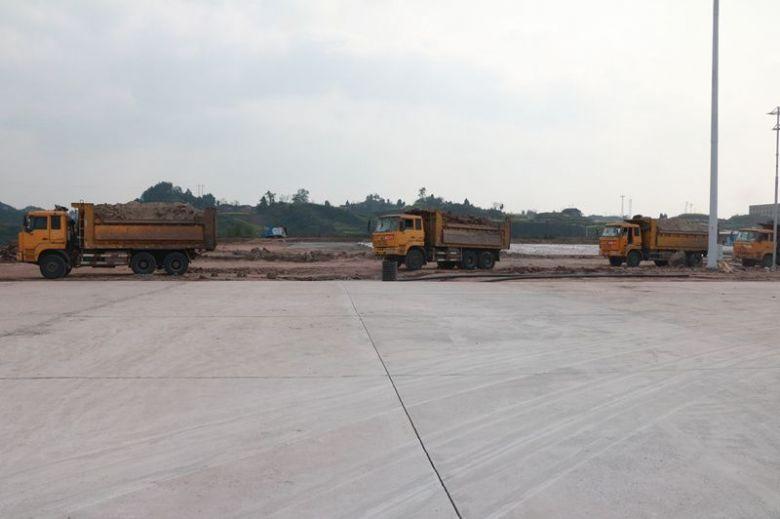 达州物流港货车停车场二期正在建设中(组图)